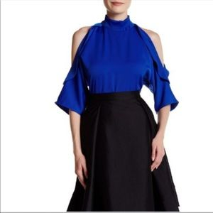 Gracias NWT Sapphire Blue Cold Shoulder Zip Blouse
